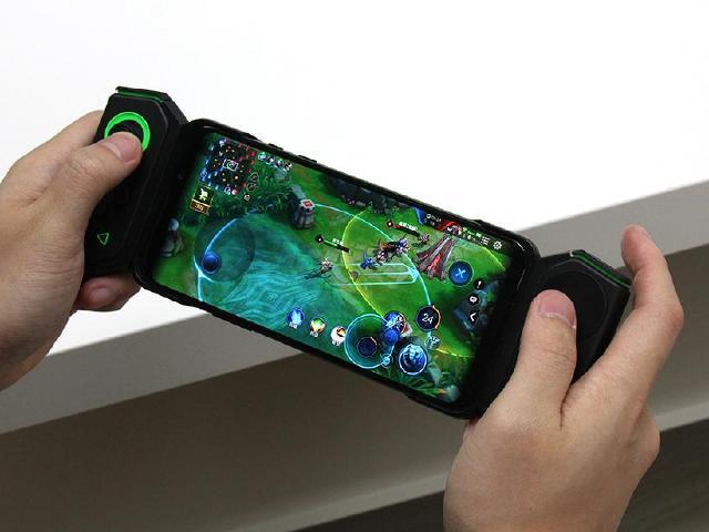 競在操控!黑鯊遊戲手機2重點功能實測