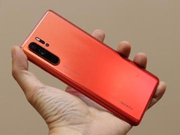 華為持續推出新手機 P30 Pro赤茶橘6月初台灣上市
