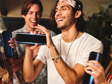 Sony派對燈光藍牙喇叭SRS-XB22與XB32即日上市
