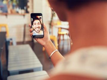 iOS 13將用AI改善FaceTime通話中目光飄移狀況