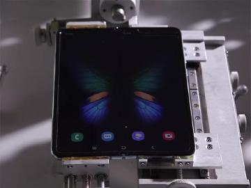 三星折疊螢幕手機Galaxy Fold完成改良 9月起陸續上市