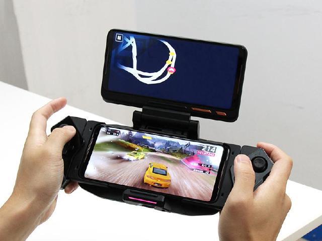 為電競而生 ROG Phone 2代的十大特色功能與規格