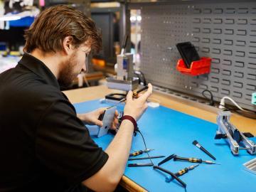 蘋果開放獨立廠商透過原廠零件和認證服務提供維修