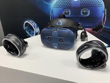 [影片]HTC發表全新VR頭戴裝置 VIVE Cosmos動手玩