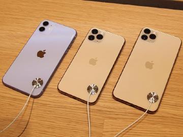 [影片]蘋果iPhone 11台灣開賣直擊 新機體驗動手玩