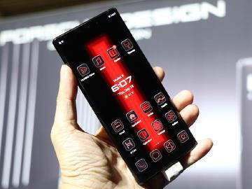 華為再次攜手保時捷設計 Mate 30 RS頂規特別款發表
