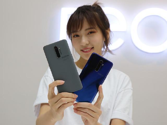 realme首款旗艦手機 X2 Pro搶先開箱動手玩