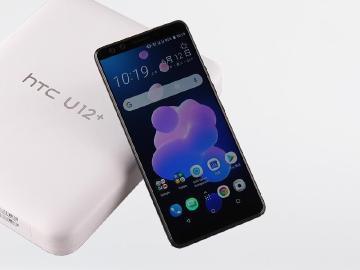 HTC開學季優惠 U12+買就送行動電源與JBL降噪耳機