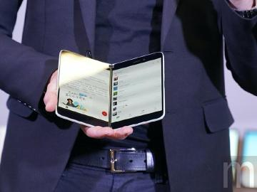 微軟可能在今年推出雙螢幕手機Surface Duo