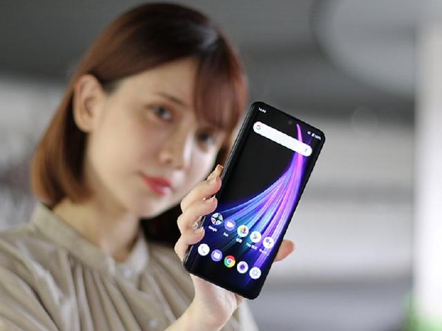 240Hz更新率、輕量級手機 SHARP AQUOS Zero 2開箱