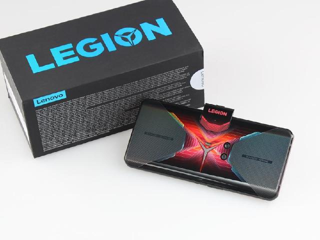 中置架構設計!聯想電競手機Legion Phone Duel開箱
