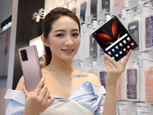 螢幕變大、體驗更豐富!三星Galaxy Z Fold2折疊手機搶先體驗
