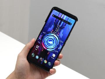 新增旁路充電功能 ROG Phone 3釋出更新