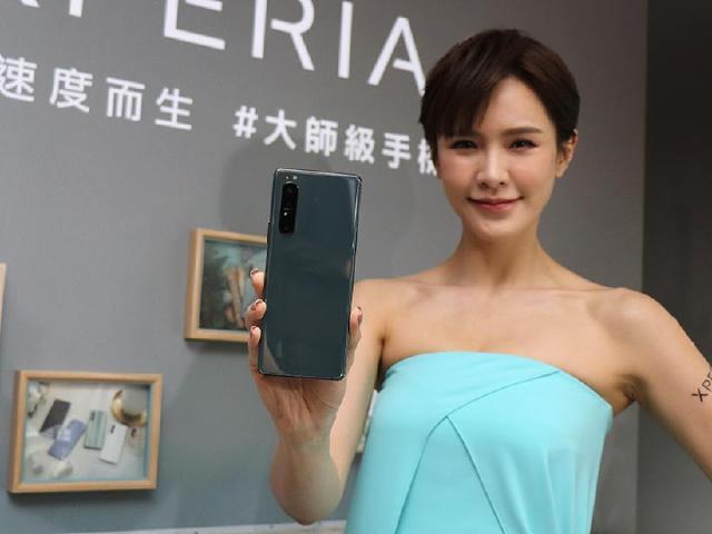 效能升級!Sony Xperia 1 II鏡湖綠新色11月台灣大限量開賣