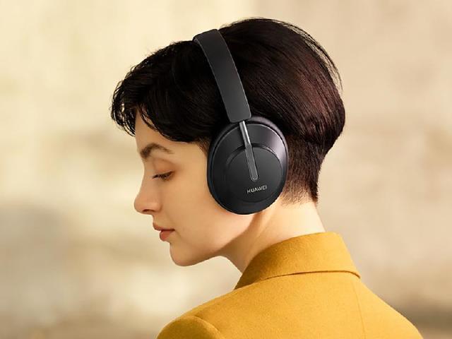 華為首款無線耳罩式降噪耳機 FreeBuds Studio登台開賣
