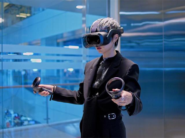 5K旗艦VR一體機 HTC VIVE Focus 3台灣上市